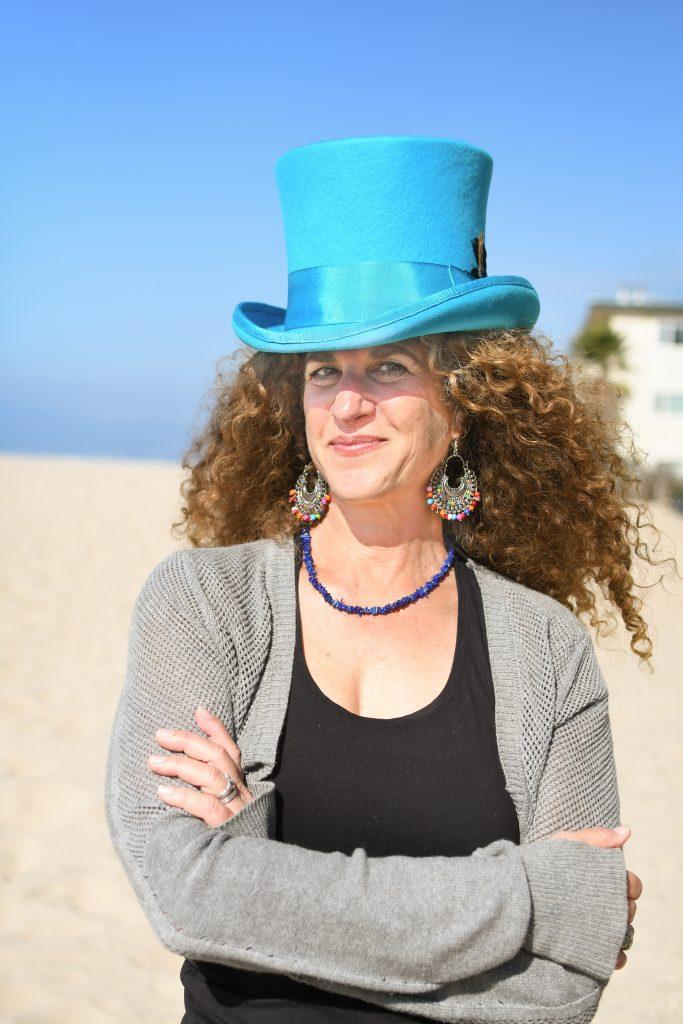 Lori R Smith, Author